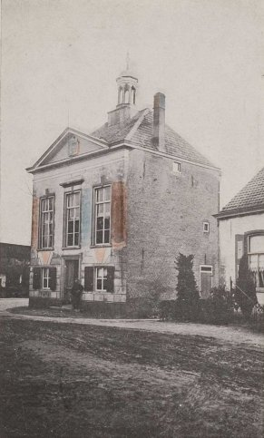AL IN 1877 HAD CHAAM EEN HARMONIE !